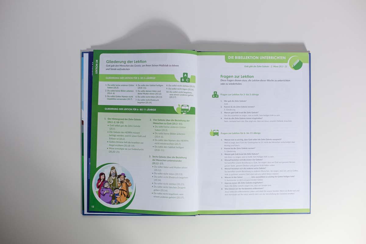 Mitarbeiterbuch-11