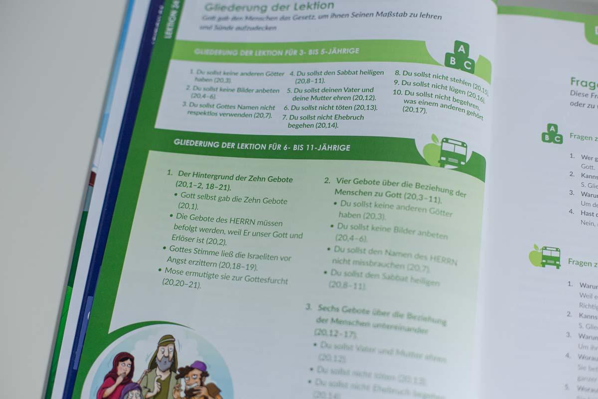 Mitarbeiterbuch-13