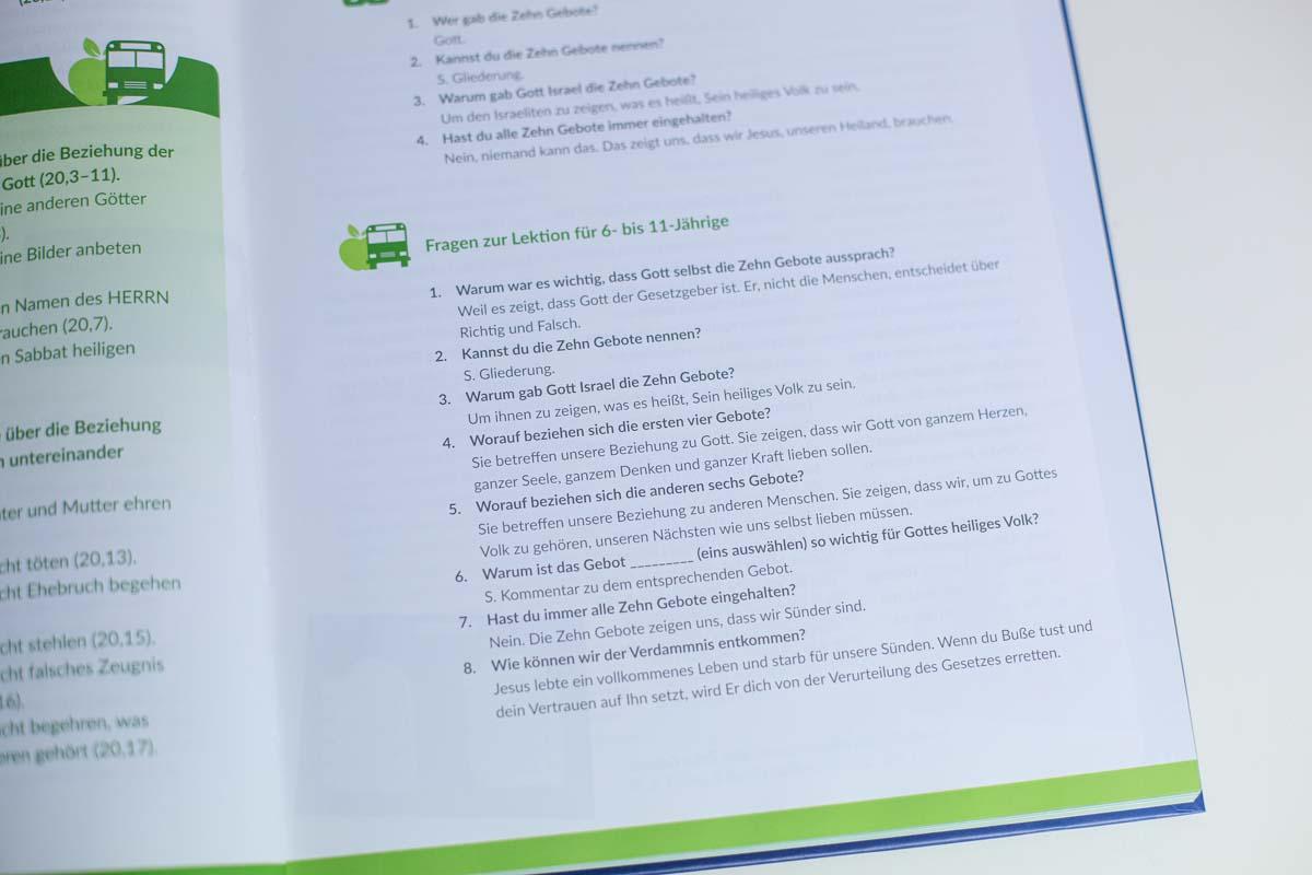 Mitarbeiterbuch-15