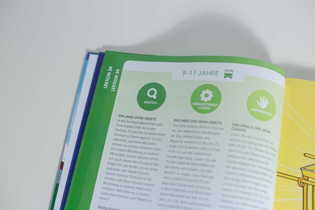 Mitarbeiterbuch-21