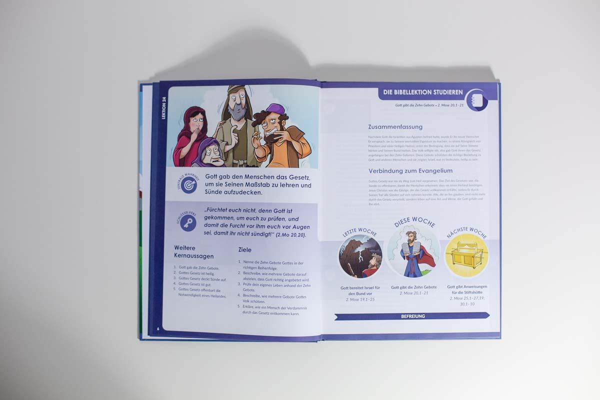 Mitarbeiterbuch-3